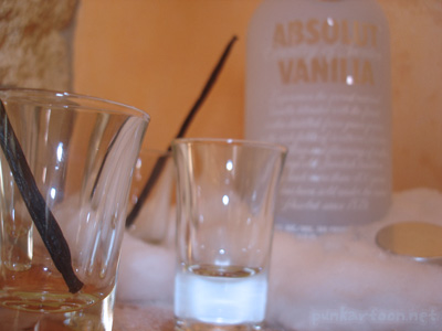 ABSOLUT VANILIA LIGHT 01