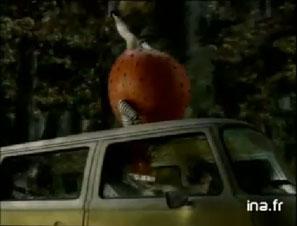 Orangina rouge publicité